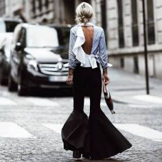 anl5xd-l-610x610-pants-tumblr-black+pants-flare+pants-shirt-ruffle-ruffled-ruffle+shirt-open-backless-backless-spring+outfits-bag-printed+pouch-pouch-ruffled+shirt-black+flared+pants-bla