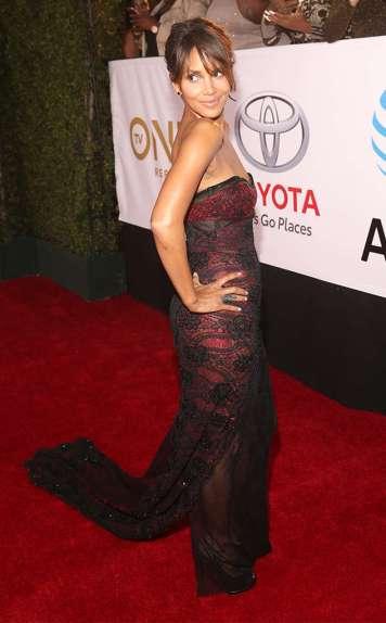 Halle Berry in Reem Acra
