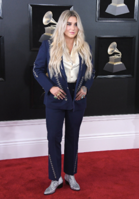 Kesha in Nudie_s Rodeo Tailor and Coomi jewelry