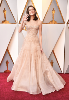 Allison Williams in Armani Privé Couture and Brian Atwood shoes