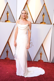 Margot Robbie in Chanel Haute Couture and Roger Vivier shoes