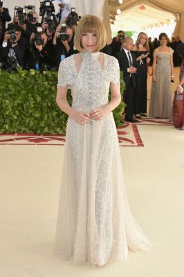 Anna Wintour in Chanel Haute Couture
