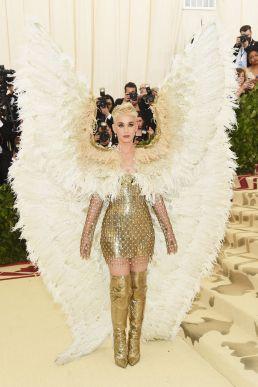 Katy Perry in Atelier Versace