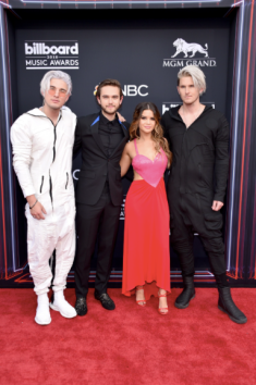 Kyle Trewartha of Grey, Zedd, Maren Morris, and Michael Trewartha of Grey