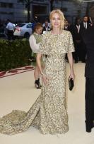 Naomi Watts in Michael Kors