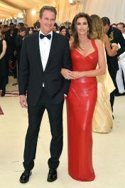 Rande Gerber and Cindy Crawford in Versace