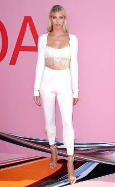 DEVON WINDSOR In Kobi Halperin