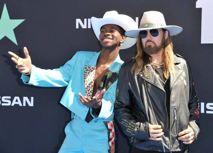 Lil Nas X, Billy Ray Cyrus copy