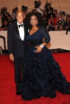 Oprah in Oscar de la Renta, 2010