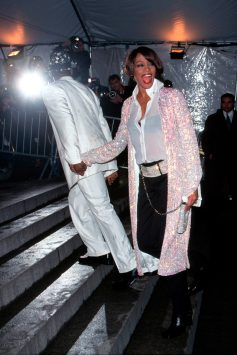 Whitney Houston, 1999